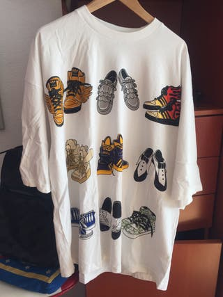 Adidas by Jeremy Scott oversize