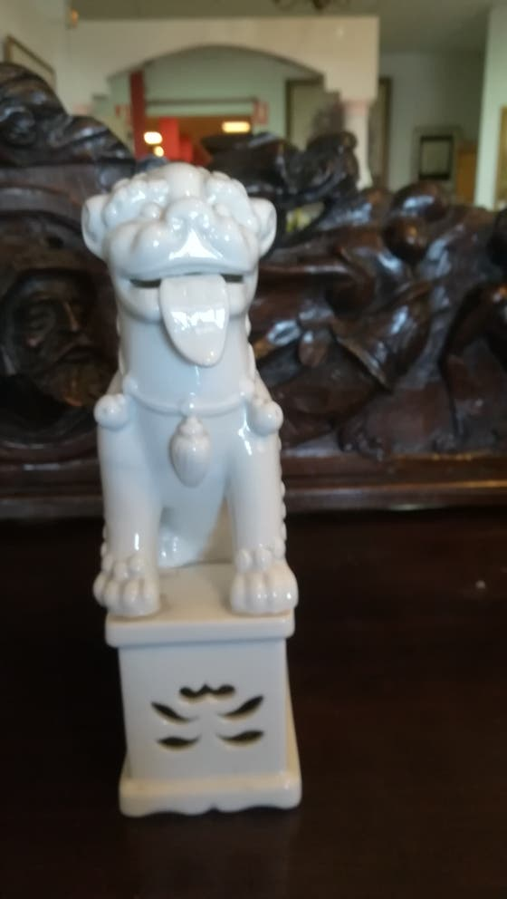 Antiguo perro Foo, Bidasoa