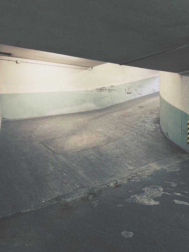 Garaje + trastero en venta
