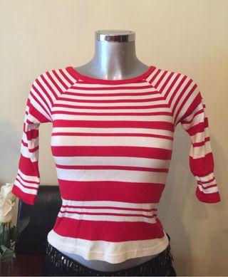 Jersey rayas blanco y rojo Zara de segunda mano por 5 € en A