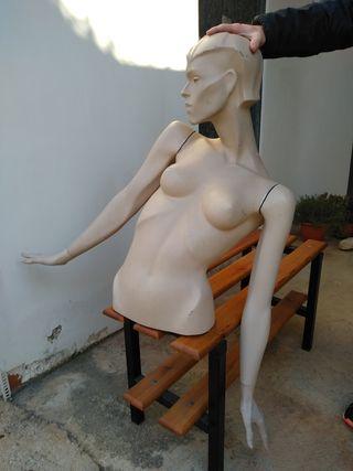 Maniquí cuerpo de mujer