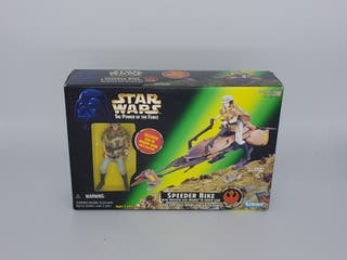 Speeder Bike - with Princess Leia Organa in Endor