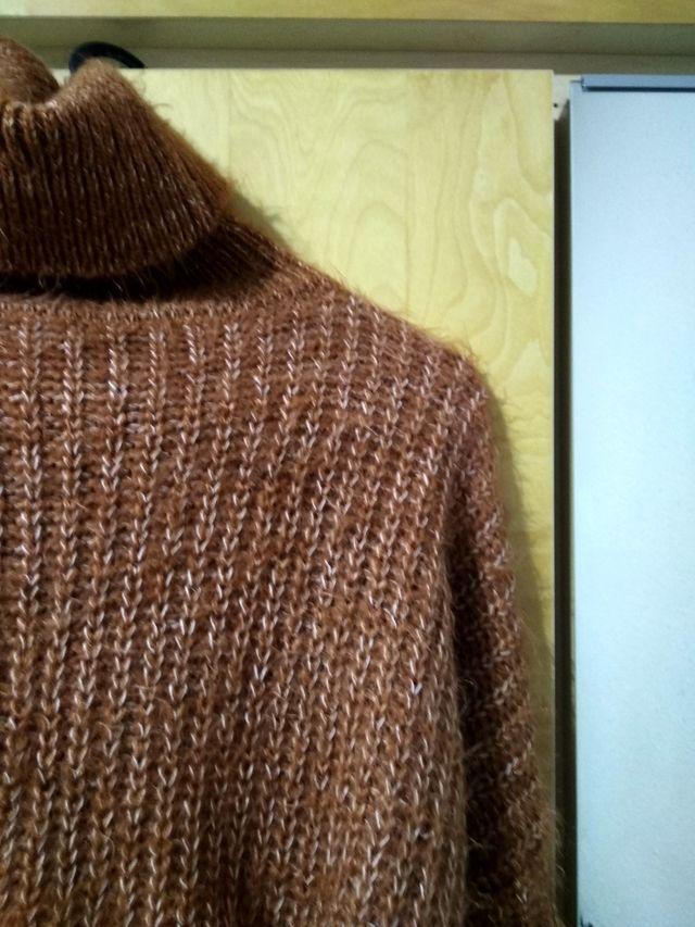 high neck knit crop long sleeve jumper