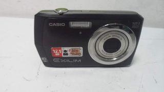 Camara Casio 12 mpx