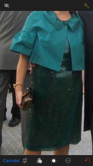 Vestido lentejuelas y chaqueta de Tintoreto