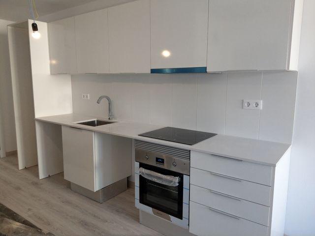 Muebles Cocina directa de obra nueva de segunda mano por 400 € en ...