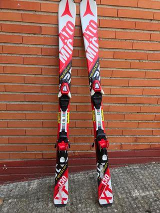 Esquís Atomic redster 130 con fijaciones Atomic