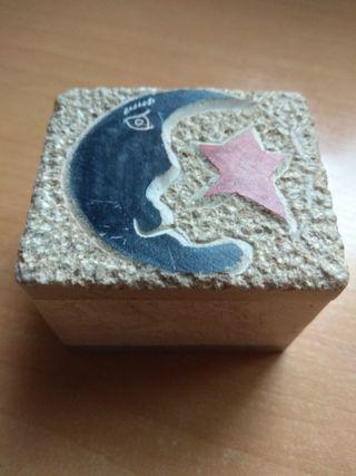 Caja de mármol con luna