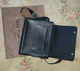 Bolsa de hombro Louis Vuitton
