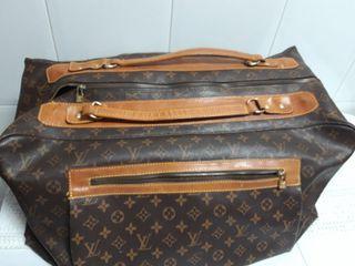 Louis Vuitton maleta