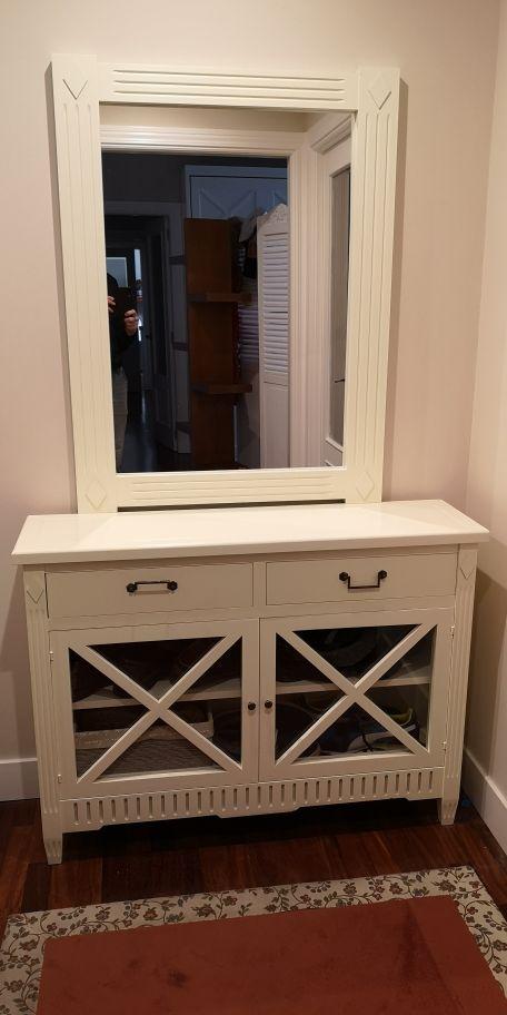 mueble de entrada con espejo, recibidor, aparador
