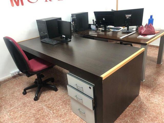 Mesa oficina de segunda mano por 100 € en Almansa en WALLAPOP