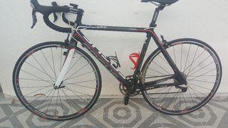 bicicleta focus de carbono T-M