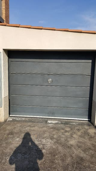 Puerta para parking (manual)