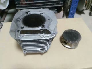piston y cilindro Suzuki savage