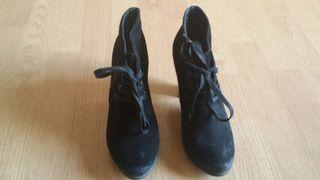 Cortefiel botin zapato T 38 negro plataforma.
