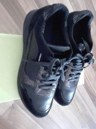 zapatillas de piel geox numero 39