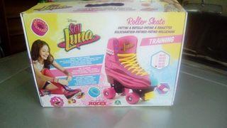 Roller skate training soy luna