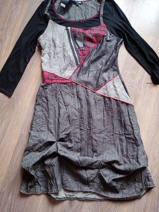vestido tipo desigual