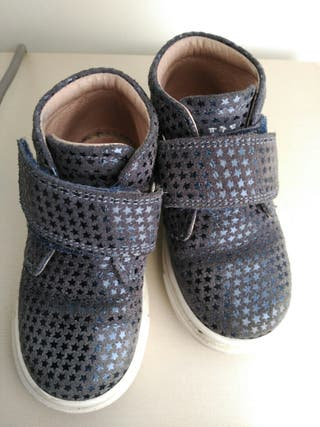 Zapatos Garvalin talla 23