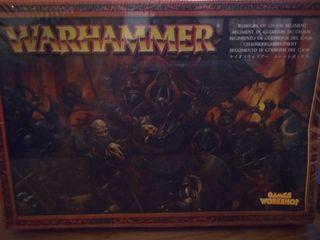 Regimiento de guerreros del Caos Warhammer