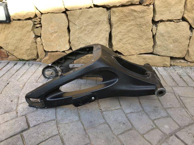Basculante Yamaha R1 y R6