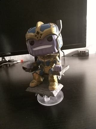 Figura Funko Pop Thanos With Throne