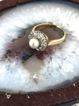 Anillo Vintage Oro 18k Diamantes y Perla