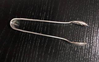 Pince à sucre en métal argenté des années 20-30