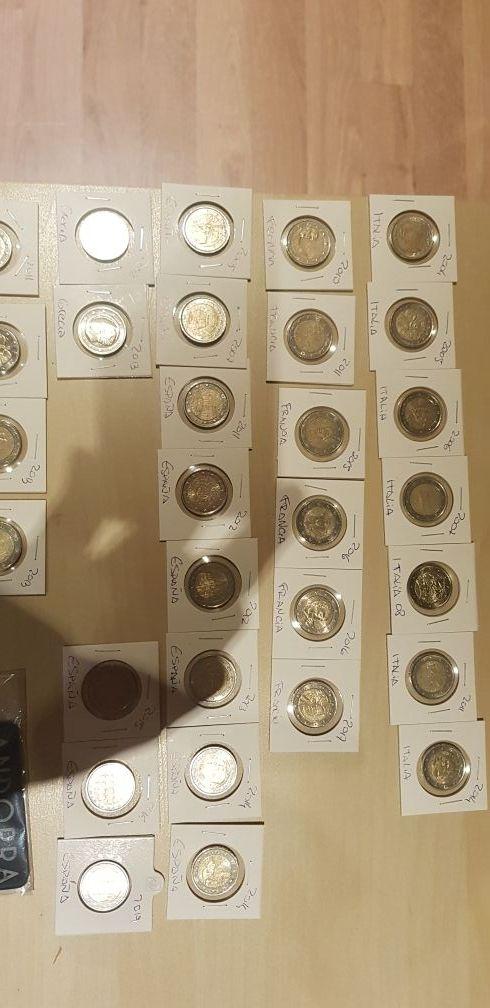 Monedas conmemorativa de 2 y 1 Euros