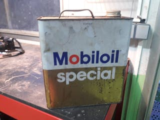 lata de aceite antigua mobiloil