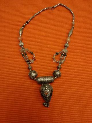 cdd1f2efa188 Collar de plata de segunda mano en la provincia de Segovia en WALLAPOP