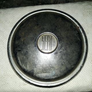 Cubrerueda Seat 600