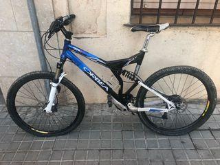 Bicicleta btt montaña doble