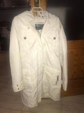 Abrigo blanco Berskha