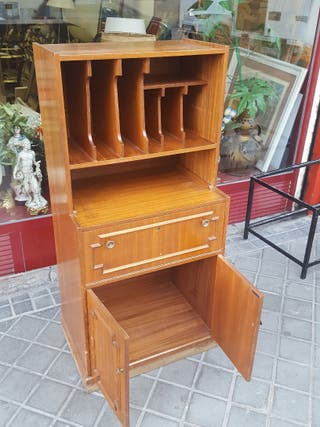 MUEBLE ANTIGUO NEGOCIABLE