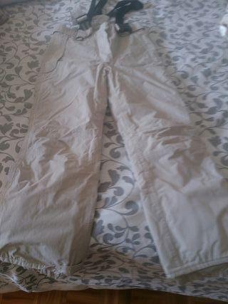 Pantalón nieve beige talla 9_10. 140cm