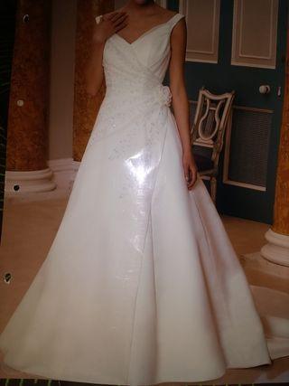 9c7752589 Vestido de novia de segunda mano en Lugo en WALLAPOP