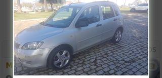 Mazda 2 2005