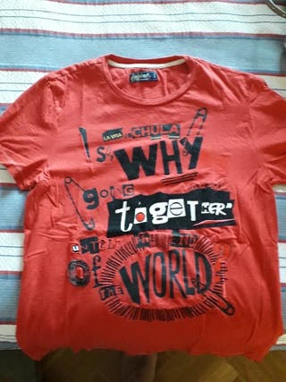 camiseta desigual.Autentica, no falsificacion