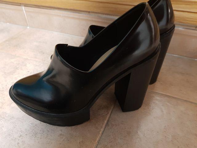 Zapatos Stradivarius