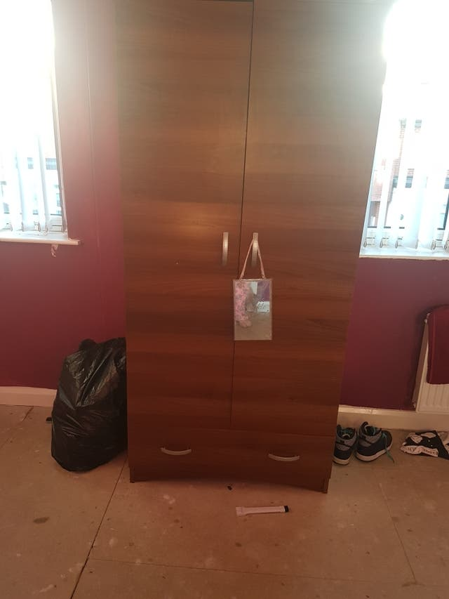 Bedroom furniture like new