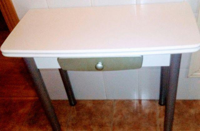 Mesa de cocina plegable + 2 sillas IKEA de segunda mano por 80 € en ...