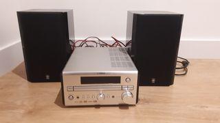 Equipo de música Yamaha rdx e700