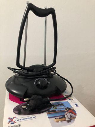Antena TDT Alta Ganancia para Interiores y Barcos