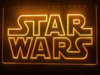Cartel led luminoso de Star Wars color amarillo