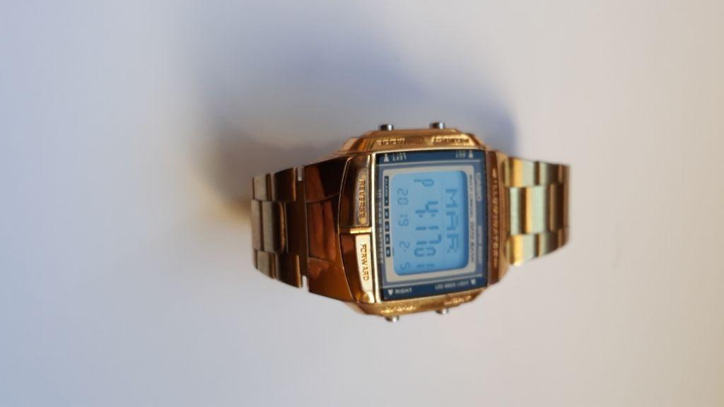97383266e854 se vende - España - Reloj casio baño en dorado como nuevo - España