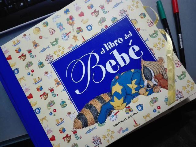 Libro El Libro Del Bebé Sin Estrenar De Segunda Mano Por 15 En Madrid En Wallapop