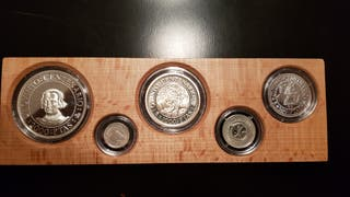Estuche monedas plata Quinto Centenario