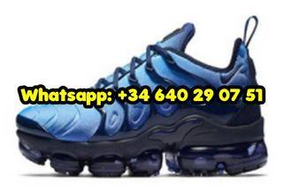 Air Max TN Sneakers